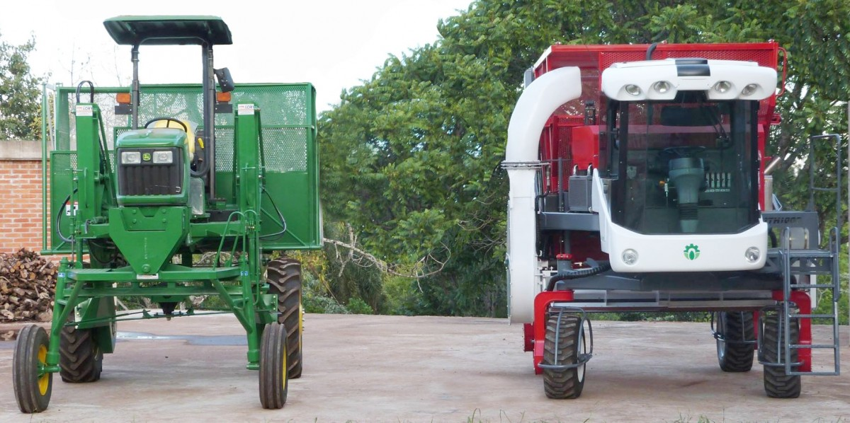 Comparación entre las cosechadoras John Deere 5045D y MTH 1000